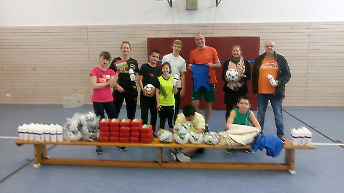 Spendenaktion vom Hasper SV für die Gustav-Heinemann Schule
